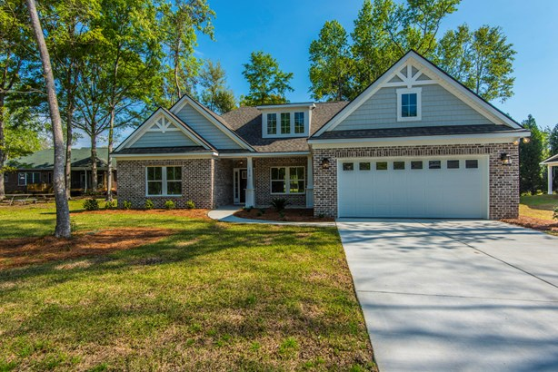 1010  Baker Drive, Moncks Corner, SC - USA (photo 1)