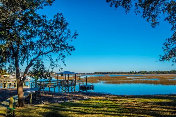 1678  Oak Island Dr , Charleston, SC - USA (photo 2)