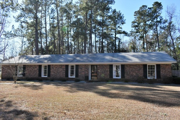 1301  Bennett Circle, Holly Hill, SC - USA (photo 2)