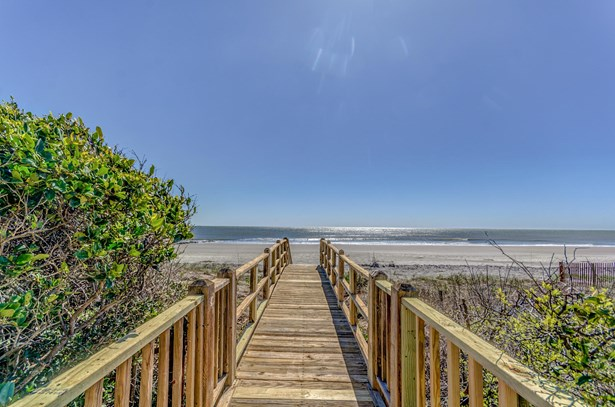 805 E Arctic Avenue, Folly Beach, SC - USA (photo 4)