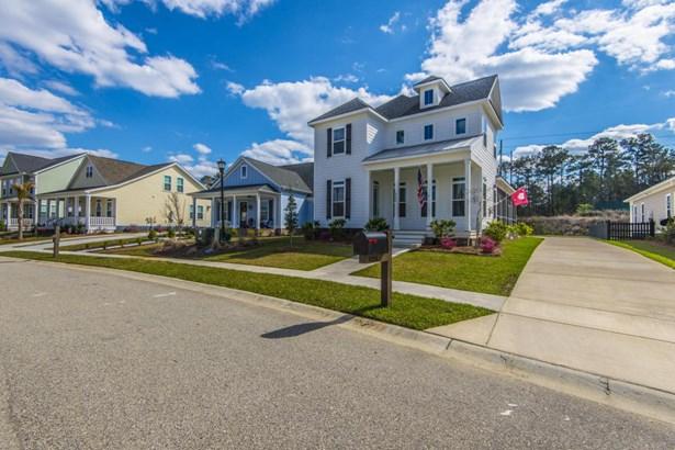 4204  Home Town Lane, Ravenel, SC - USA (photo 4)