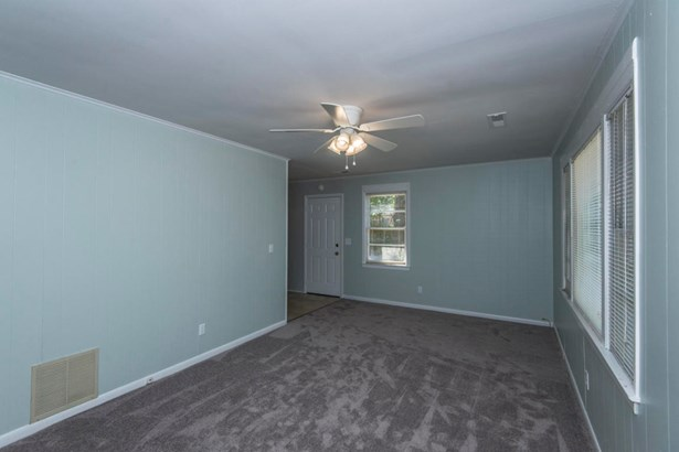 2703 N Oakridge Circle, North Charleston, SC - USA (photo 5)