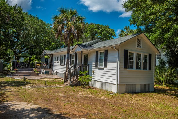 710 E Cooper Avenue, Folly Beach, SC - USA (photo 1)