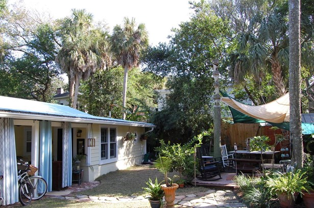 115 E Erie Avenue, Folly Beach, SC - USA (photo 5)