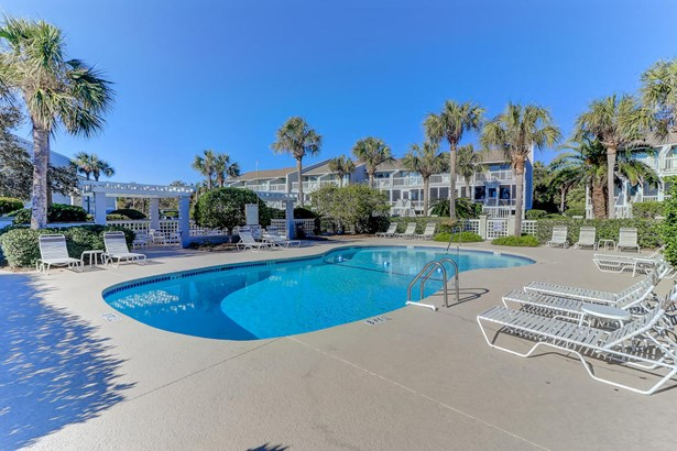 63  Beach Club , Isle Of Palms, SC - USA (photo 4)