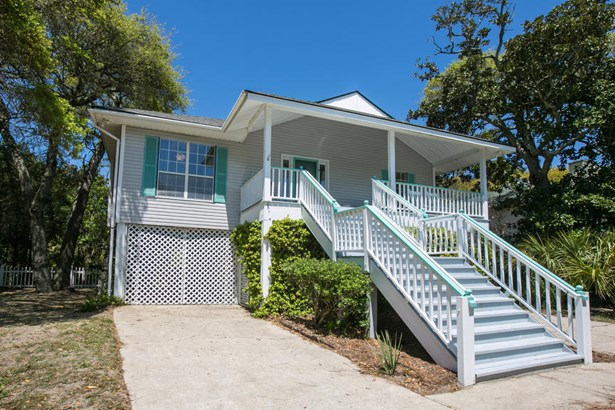 422 W Cooper Avenue, Folly Beach, SC - USA (photo 1)