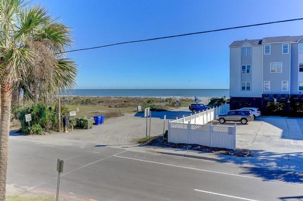 122 E Arctic Avenue 2, Folly Beach, SC - USA (photo 2)