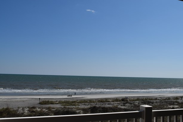 214 W Arctic Avenue 202, Folly Beach, SC - USA (photo 2)