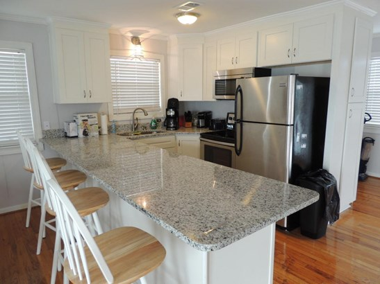 1403 E Ashley Avenue A, Folly Beach, SC - USA (photo 3)