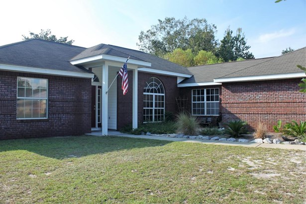 Detached Single Family, Traditional - Youngstown, FL (photo 5)