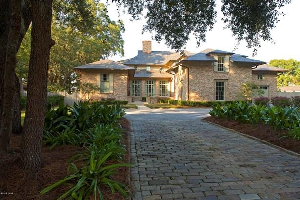 Detached Single Family, Traditional - Lynn Haven, FL (photo 1)