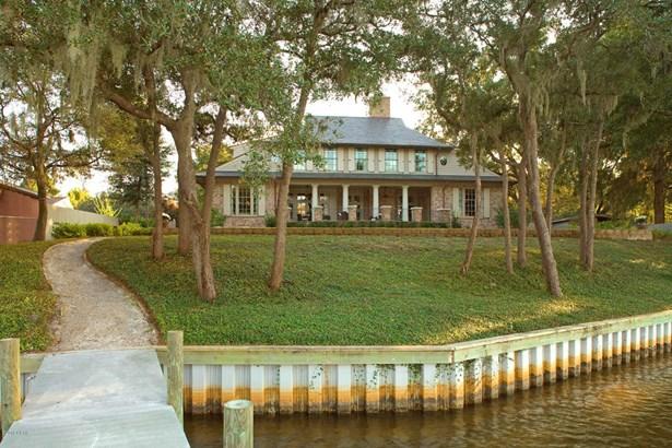 Detached Single Family, Traditional - Lynn Haven, FL (photo 3)