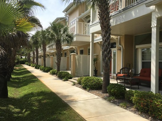 Condominium, Low-rise - Panama City Beach, FL (photo 1)