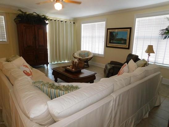 Condominium, Low-rise (1-3 Floors) - Mexico Beach, FL (photo 4)