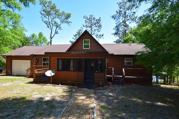 Detached Single Family, Log Cabin - Chipley, FL (photo 1)