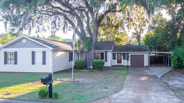 L-shaped, Detached Single Family - Panama City, FL (photo 1)