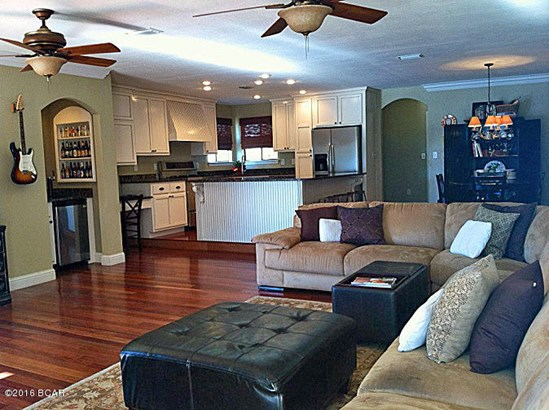 Traditional, Attached Single Unit - Panama City, FL (photo 5)