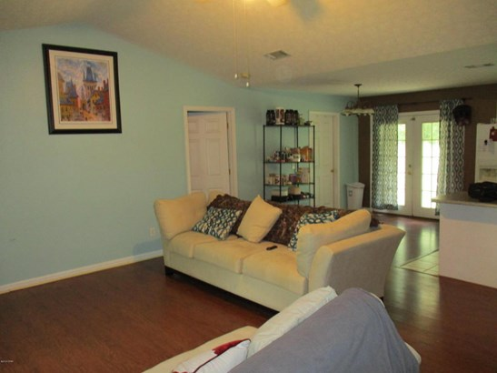Detached Single Family, Contemporary - Youngstown, FL (photo 5)