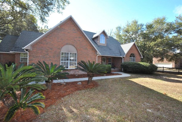 Detached Single Family, Traditional - Southport, FL (photo 2)