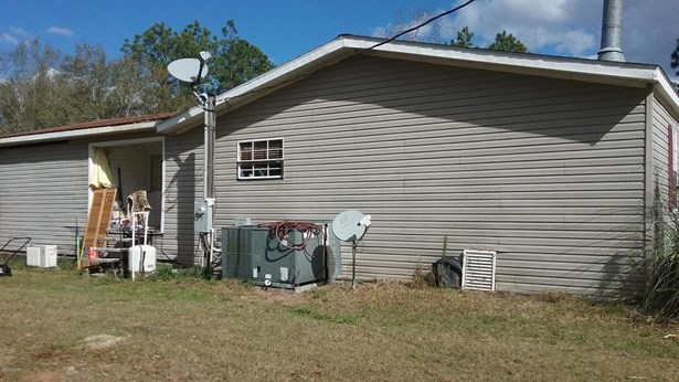 Mobile/Manufactured, Double Wide - Youngstown, FL (photo 2)