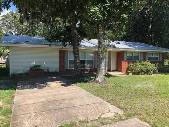 Detached Single Family, Traditional - Lynn Haven, FL