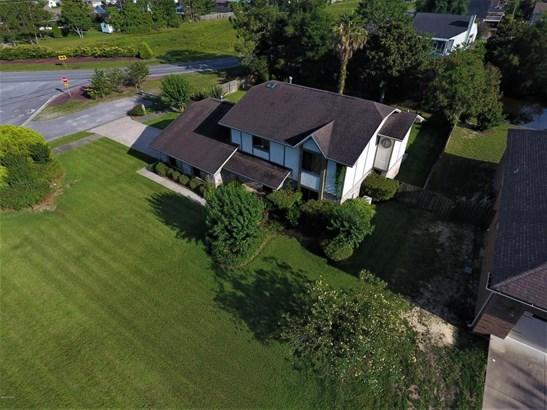 Detached Single Family, Colonial - Lynn Haven, FL (photo 4)