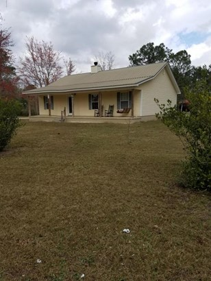 Detached Single Family, Country - Youngstown, FL