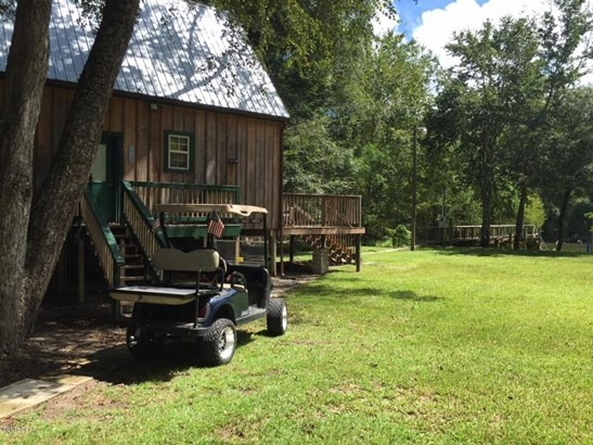 Detached Single Family, Cabin - Wewahitchka, FL (photo 5)