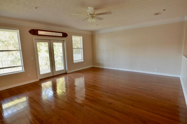 Townhome, Attached Single Unit - Panama City, FL (photo 2)