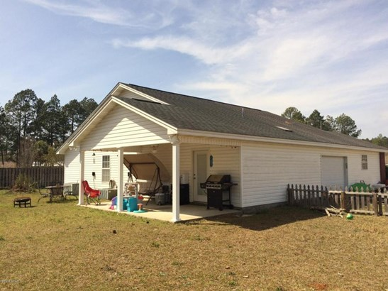 Detached Single Family - Lynn Haven, FL (photo 2)
