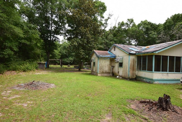 Detached Single Family, Country - Fountain, FL (photo 5)