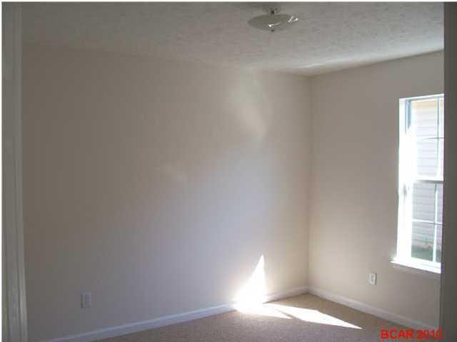Attached Single Unit - Callaway, FL (photo 4)