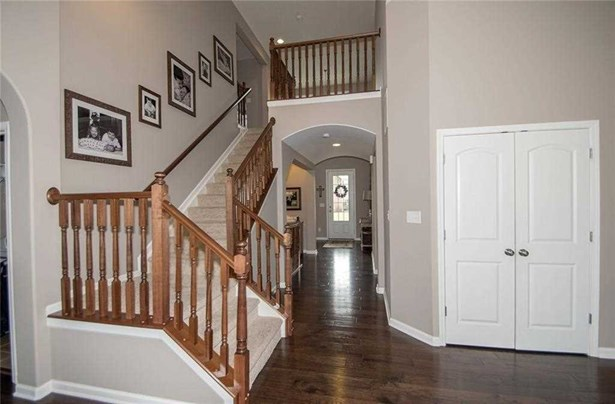 9767 Stable Stone Terrace, Fishers, IN - USA (photo 4)