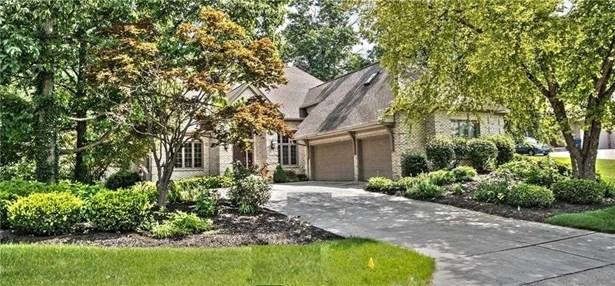 9325 Promontory Circle, Indianapolis, IN - USA (photo 1)
