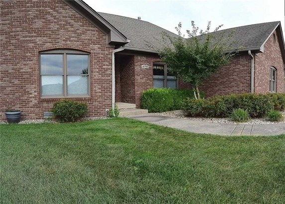 2790 Tammy Sue Drive, Shelbyville, IN - USA (photo 2)