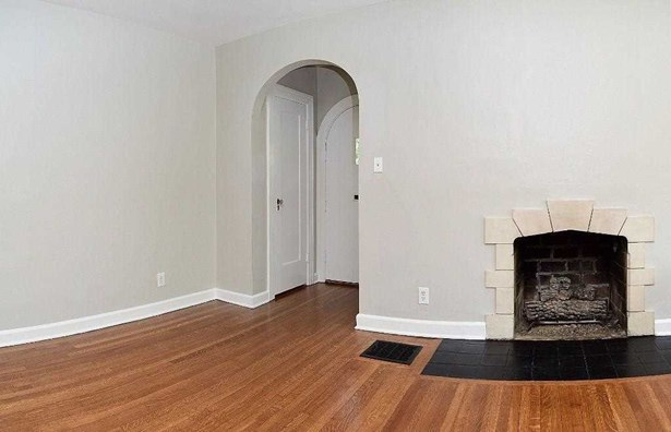5644 N Delaware Street, Indianapolis, IN - USA (photo 5)