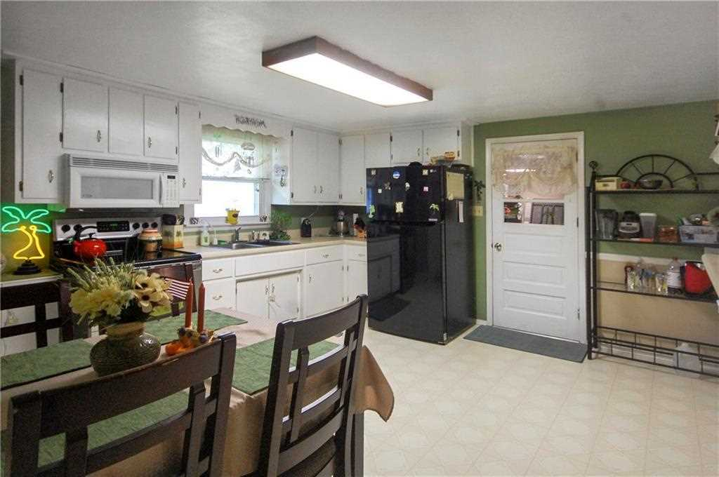 5025 Linden Street, Anderson, IN - USA (photo 5)