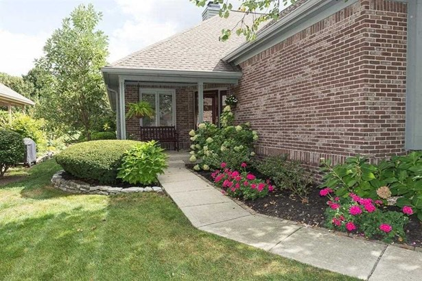 12037 Clubhouse Drive, Fishers, IN - USA (photo 3)