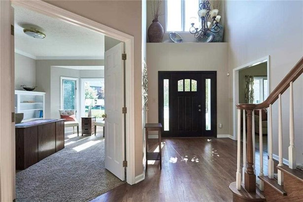 9502 Northwind Court, Indianapolis, IN - USA (photo 2)