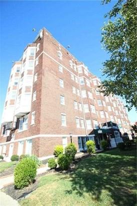 230 E 9th Street 105, Indianapolis, IN - USA (photo 1)