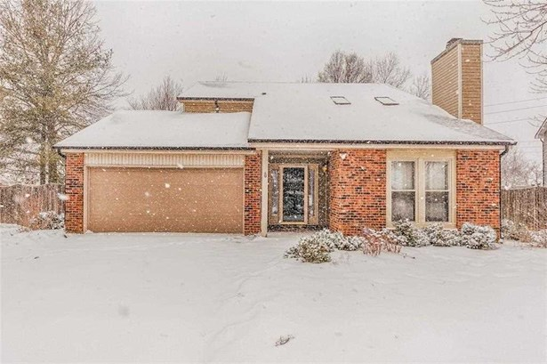 8302 Castle Ridge Lane, Indianapolis, IN - USA (photo 1)