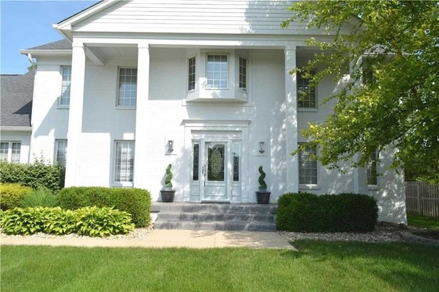 8820 Sargent Creek Court, Indianapolis, IN - USA (photo 2)