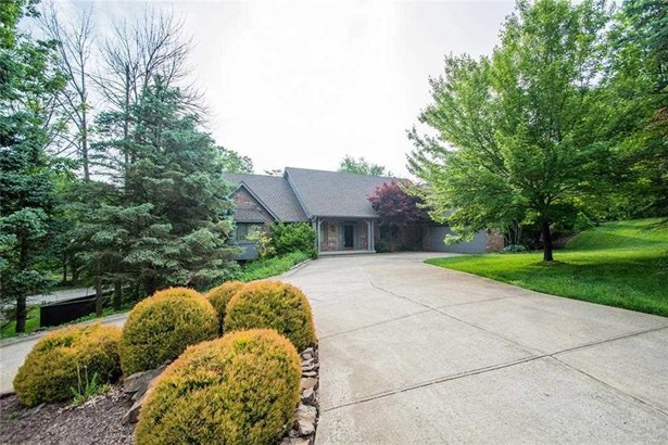 8621 Bay Colony Drive, Indianapolis, IN - USA (photo 4)