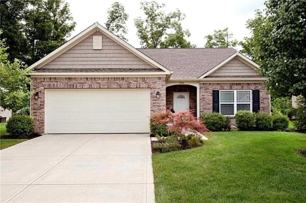 9765 Brook Wood Drive, Mccordsville, IN - USA (photo 1)
