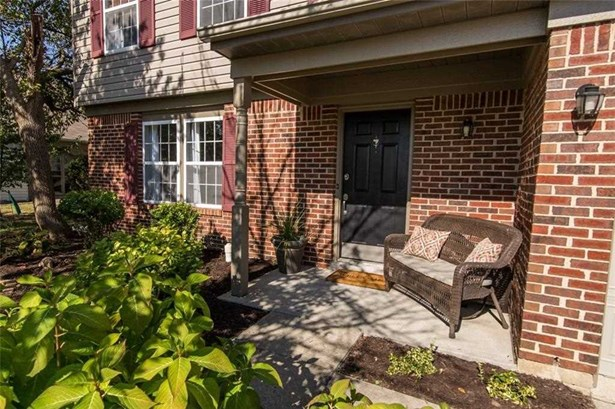 1212 Green River Court, Indianapolis, IN - USA (photo 2)