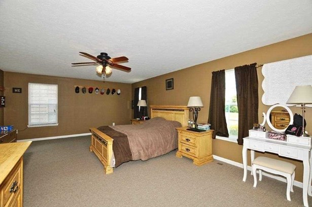 8251 Ossian Court, Camby, IN - USA (photo 4)