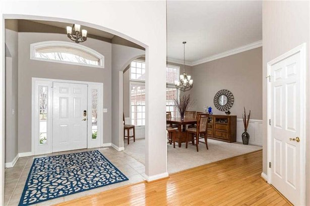 9891 Sugarleaf Place, Fishers, IN - USA (photo 2)