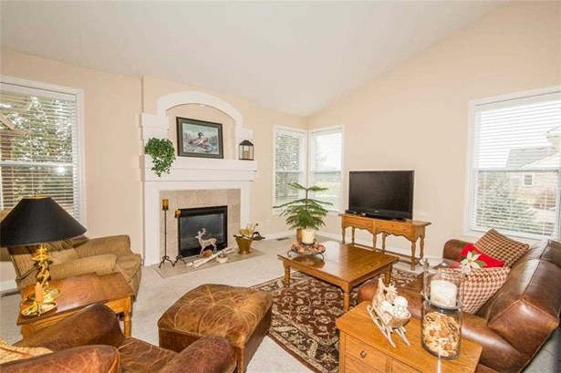 11965 Babbling Brook Rd, Noblesville, IN - USA (photo 4)