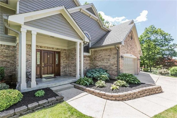 7425 Yorkshire Boulevard N, Indianapolis, IN - USA (photo 2)