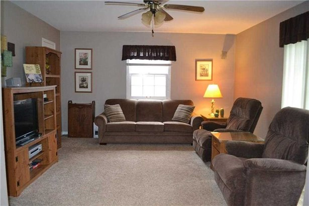 7927 Windhill Drive, Indianapolis, IN - USA (photo 2)